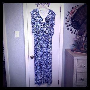 Maxi dress, center slit, drawstring waist,  v-neck